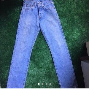 Levi's Jeans - VINTAGE WOMENS 501 reconstructed LEVIS! 🦋